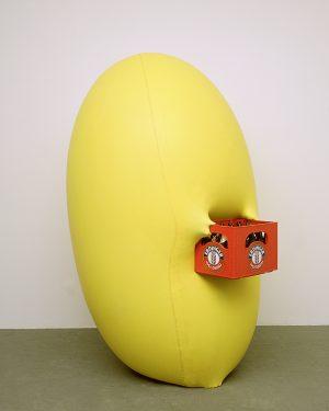 Hans Hemmert, o.T. (gelbe Skulptur passend zu Bierkasten), 1998