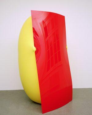 Hans Hemmert, o.T. (gelbe Skulptur passend zu Plexiglas Blatt), 1998